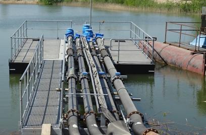 Schwimmende Pumpstation bei CEMEX in Betrieb genommen
