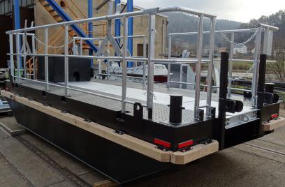 Übergabe zweier Arbeitsboote an die Heidelberger Kieswerke Rhein-Ruhr GmbH